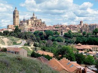 Visitspain08gs3  Segovia castle that inspired Walt Disney